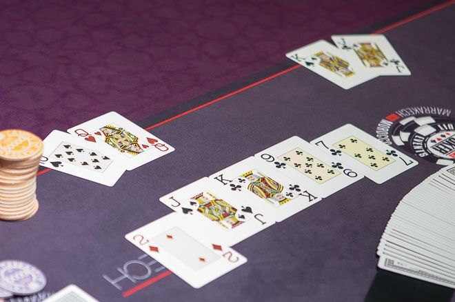 Determine the Winning Hand in Texas Hold'em