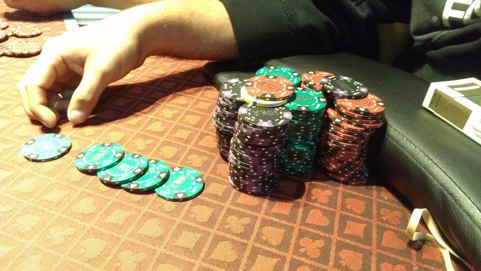 Tips For Finding A Home Poker Games