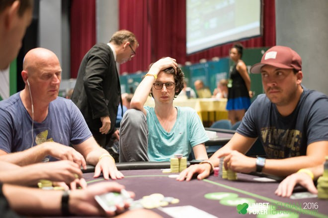 the-dangers-of-selective-attention-why-we-repeat-our-poker-mistakes