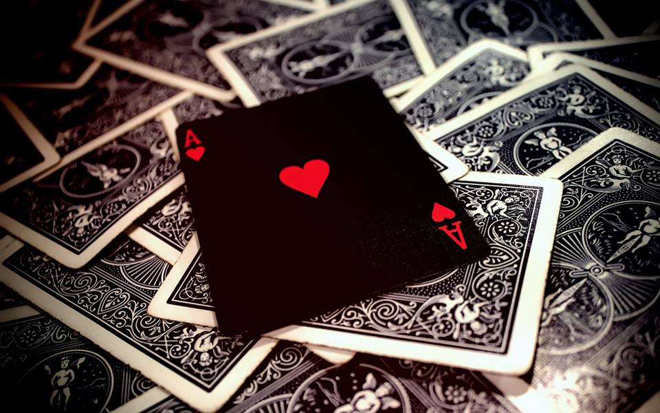 Best Places to Play Poker in Midtown or Queens