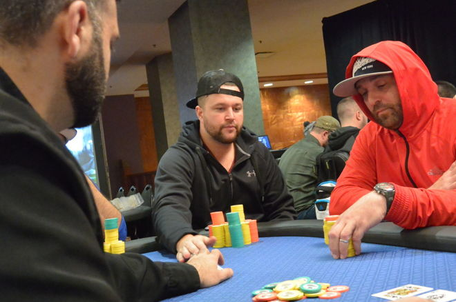 dan-wagner-leads-the-final-nine-at-the-2016-seneca-fall-poker-classic-main-event