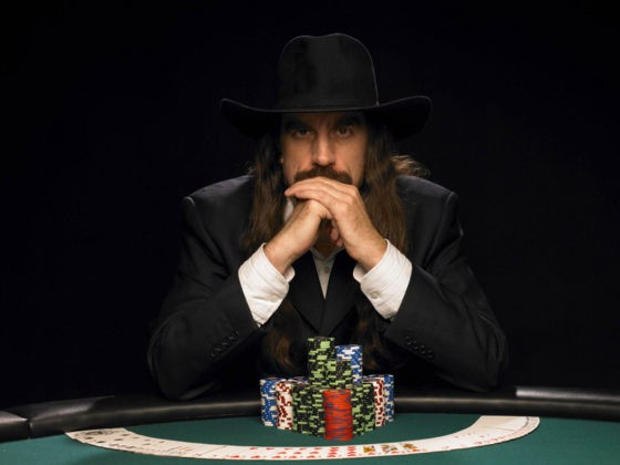 How to beat ultimate texas holdem