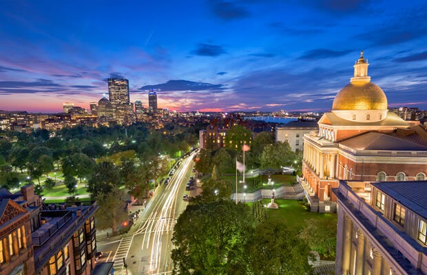 Massachusetts Special Commission Recommends Regulating DFS As Online Gambling