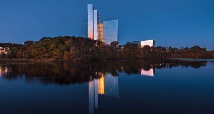Connecticut's Mohegan Sun recognized by Condé Nast Traveler via Readers' Choice Awards